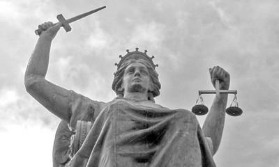 При каких обстоятельствах приводится в исполнение приговор смертной казни?