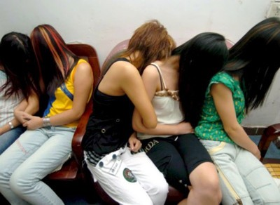 Вербование несовершеннолетних в занятии проституцией