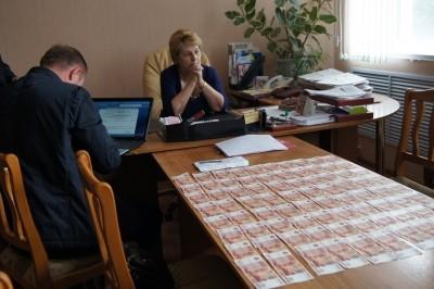 Какие документы необходимо сохранять при вымогательстве денег?