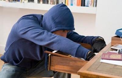 Доказательство кражи денег в квартире