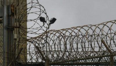 Как правильно войти в хату в тюрьме?