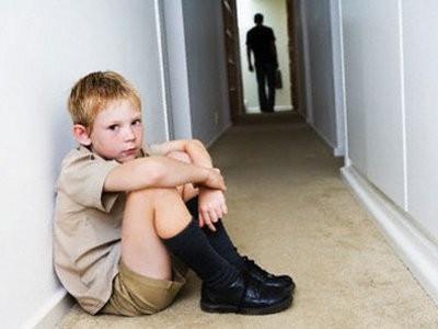 Ненадлежащее воспитание несовершеннолетних